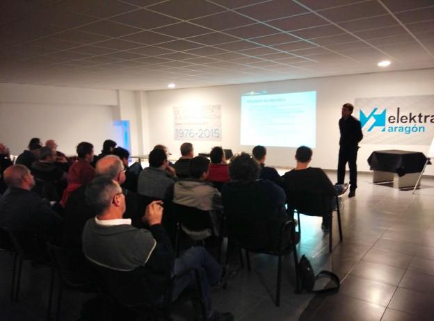 Charla sobre el nuevo RD900/2015 de autoconsumo en Elektra Aragón