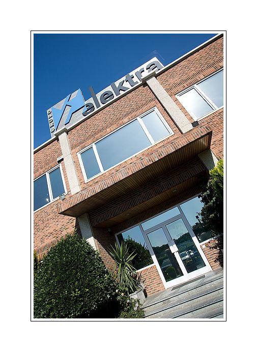El punto de venta de Elektra Gros se integra en la central de Elektra Martutene