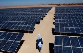 El sector fotovoltaico prevé crear 17.000 empleos adicionales hasta 2025 si eleva su capacidad de generación