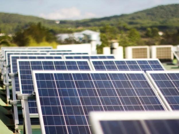 Energía aprobará una nueva normativa para regular el autoconsumo compartido
