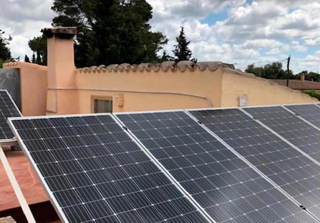 caso de éxito instalación solar-fotovoltaica con acumulación en Lluchmajor